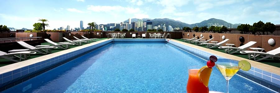 Swimming Pool © New World Millennium Hong Kong